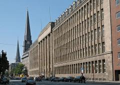 Historisches Hamburg Altstadt Hamburgs Steinstrasse Finanzamt St. Jacobikirche.