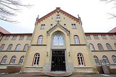 Backsteinbau nach Vorbild der Hannoverschen Bauschule - Architekt Heinrich Oswald Winkler - 1861.