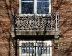 Hamburg Altona Nord Wadmannstrasse / schmiedeierne Balkon