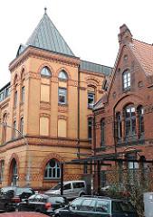 Alte Hamburger Gebäude - Ziegelgebäude des 19. Jahrhunderts; Volksküche und Altonaer Stadtmission.
