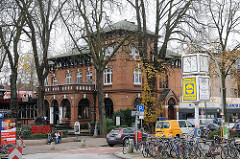 historisches Backsteingebäude an der Waitzstrasse - Restaurant, Steakhaus.