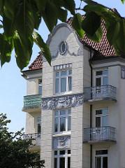 Jugendstilfassade Wohnhaus Fuhlsbüttler Strasse in HH-Barmbek.