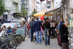 Geschäfte in der Ottenser Hauptstrasse - Einkaufen im Stadtteil.