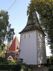 Kirchturm aus Holz der Neuengammer St. Johannis Kirche - erbaut um 1630.