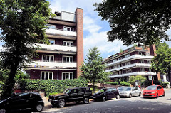 Neues Bauen der 1920er Jahre in der Hansestadt Hamburg - Wohnhäuser mit Laubengang an der Jarrestrasse.