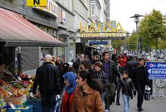 Hauptstrasse St. Georg - Geschäfte am Steindamm.
