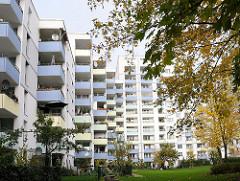 Hochhäuser, Wohnblocks Balkons - Schiffbeker Hoehe