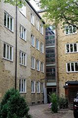 Rückseite ehem. Schwesternwohnheim beim Altonaer Krankenhaus - Architekturbilder aus der Hansestadt Hamburg.