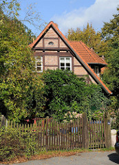 Fachwerkgebäude - Alte Dorfstrasse, Stadtteil Wohldorf Ohlstedt.