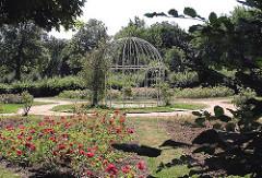 Fotos aus dem Hamburger Bezirk HARBURG - Stadtteil HARBURG -  Rosengarten Harburger Stadtpark.