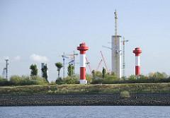 Leuchtfeuer in Hamburg Altenwerder - Blick zur Baustelle des Kohlekraftwerks Moorburg - Bilder aus den Hamburger Stadtteilen.