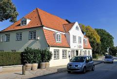 Historisches Gebäude direkt an der Elbchaussee.