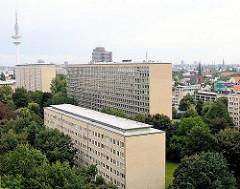 Die Grindelhochhäuser sind ein denkmalgeschütztes Ensemble von zwölf Hochhäusern, die von 1946 - 1956 als Hauptquartier der britischen Besatzungstruppen geplant wurden.