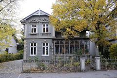 Gründerzeitvilla Wintergarten Schmiedeeisendekor - Steinbeker Marktstrasse.