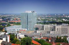 Blick über die Hamburger Neustadt zum Unileverhochhaus und den umliegenden Neubauten.