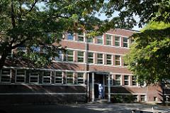 Hamburg Fuhlsbüttel Gymnasium Alstertal - Schulgebäude Architektur Fritz Schumacher.