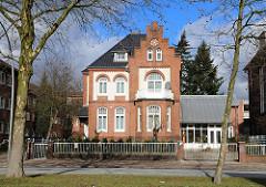 Missione Cattolica Italiana Gebäude Klinkergebäude Buergerweide Klinkerbau - Ziegelhaus.