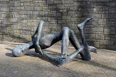 Skulptur KZ Gedenkstaette Hambur Neuengamme.