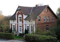 Historisches Wohnhaus am Moorburger Elbdeich.