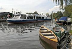 Stadtteil Curslack / Fluss Dove Elbe - Kanuvermietung - Fahrgastschiff Rundfahrt.