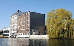 Speichergebäude am Hammer Mittelkanal.