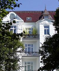 Gründerzeit gutbürgerliche Etagenwohnungen Balkons - Hamburg Eppendorf.