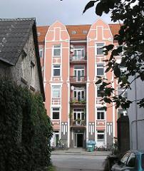 Jugendstilfassade, Wohngebäude HH-Eppendorf, Lokstedter Weg.