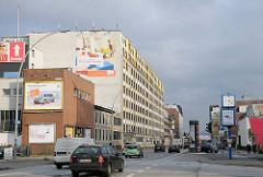 Gewerbebauten, Autoverkehr - Nordkanalstrasse.