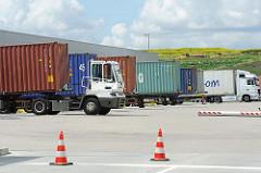Containerverladung im Gewerbegebiet HH-Allermöhe; das ca. 180 ha. grosse Gelände wurde 1981 erschlossen.