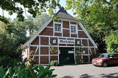 Historisches Fachwerkhaus - Restaurant Marktplatz - Nienstedtener Marktplatz.