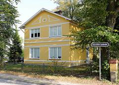 Gelbe Vorstadtvilla, erbaut 1906 in der Schenefelder Landstrasse.