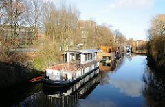 Bilder aus Hamburgs Stadtteilen - Barmbek Süd - Hausboote im Eilbekkanal