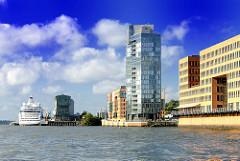 Architektur am Ufer der Elbe im Hamburger Stadtteil Altona Altstadt - Architekturfotografien aus der Hansestadt Hamburg.