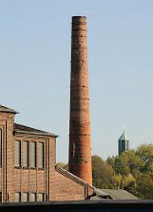 Industrieschornstein - stillgelegte Industrieanlage -  Ziegelgebäude - Billbrookdeich.