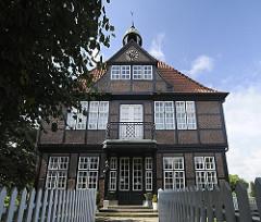 Billwerder Denkmalschutz Glockenhaus Glockendachreiter ca. 1600. ehem. Landhaus, Landsitz Hamburger Bürger.