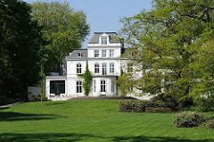 Klassizstische Villa - Hamburg Nienstedten - Architekt Martin Haller.