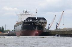 Die MSC ALESSIA im Hamburger Hafen - das Containerschiff liegt am Kronprinzenkai im Kaiser Wilhelm Hafen.