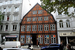 Historische Archtitektur Hamburgs - Hamburger Archtitekturgschichte. Fachwerkgebäude in der Langen Reihe steht unter Denkmalschutz.