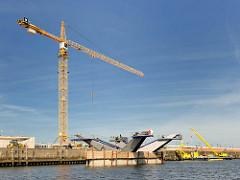 Baustelle der Brücke über den Baakenhafen am Versmannkai in der Hamburger Hafencity.