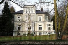 Villa im Elbvorort Othmarschen - exklusives Wohnen an der Elbchaussee.