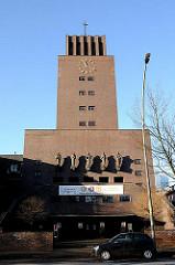 Fassade der Bugenhagenkirche in Hamburg Barmbek Süd