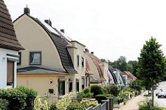 Architekturgeschichte Hamburg Harburg - Einzelhäuser im Stadtteil Wildtorf - runde Dachform.