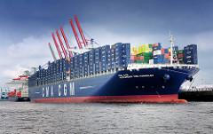 Containerfrachter Alexander von Humboldt am Kai des Containerterminals Burchardkai im Hamburger Hafen.