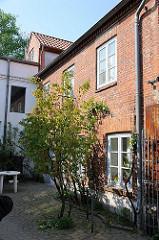 Bilder von historischen Bauten in Hamburg Ottensen - Drahtstiftefabrik Feldtmann.