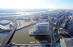 Bilder von der Hamburger Hafencity - Luftbild von Zollkanal, Ericusgraben und der Elbe.