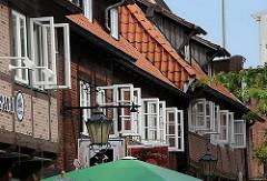 Harburger Altstadt - Fenster in der Laemmertwiete - Fussgängerzone.