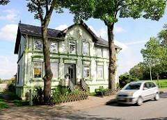 Gründerzeitliches Einzelhaus an der Strasse - Architekturbilder aus den Hamburger Stadtteilen.