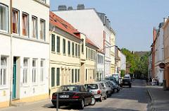 Historische Wohnbebauung in der Zeissstrasse von Hamburg Ottensen - restaurierte denkmalgeschützte Wohnhäuser in der Hansestadt.