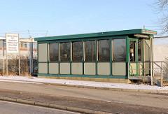 Ehemalige Zollstation Nippoldstrasse - Zoll Brückenscheine; Bilder von der Zollgrenze im Hamburger Freihafen.