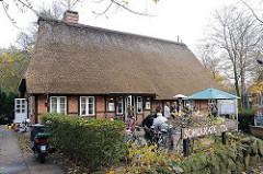 Reetgedeckte Schulkate - Im Alten Dorfe. Historische Architektur Hamburgs.